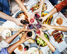 How to Plan & Host the Perfect Summer BBQ Party